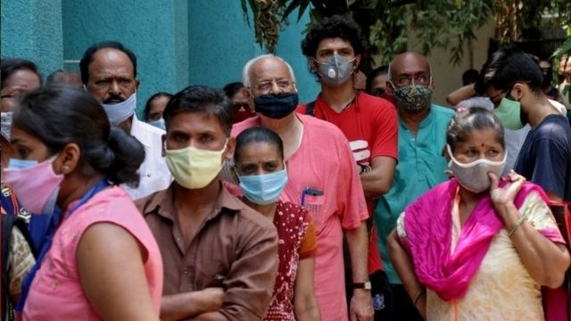India registers record 386,452 new COVID-19 cases within past 24 hours