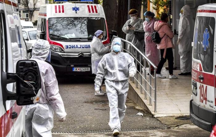 Coronavirus cases wordwide up 11% in past week