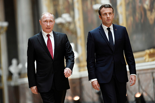 Russian and French presidents discuss situation in Karabakh