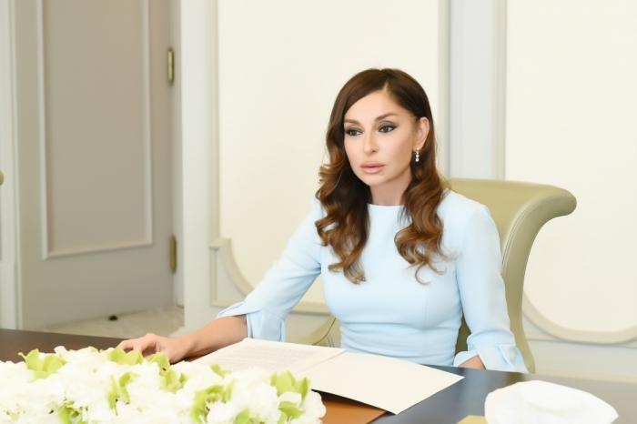 Mehriban Aliyeva congratulated Christian community of Azerbaijan