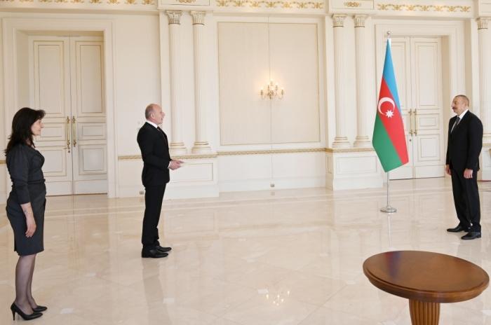 President Ilham Aliyev received credentials of incoming Serbian ambassador