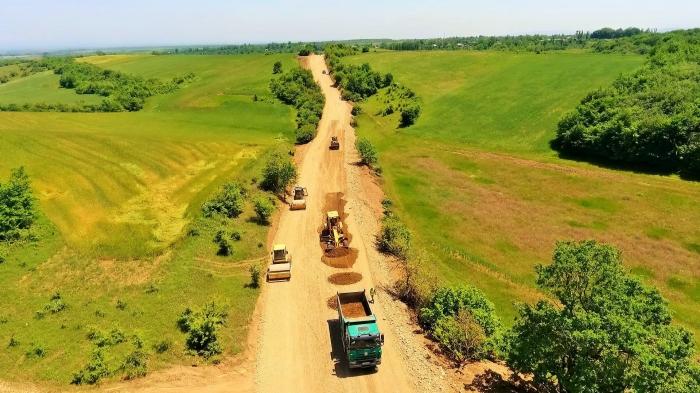 The Qusar-Qayakend-Avaran-Xural road is under reconstruction