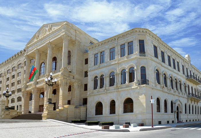Armenian businesspeople illegally transporting weapons to Azerbaijani territories internationally wanted
