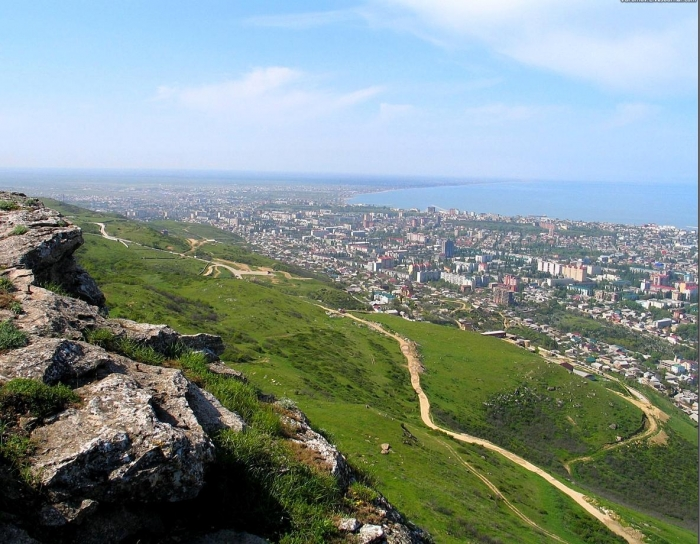 Southern Outpost of Russia: Globalization of Dagestan
