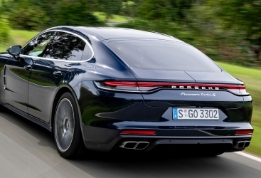Porsche to recall 1,571 vehicles in China