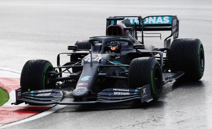 Mercedes driver Hamilton wins F1 British Grand Prix