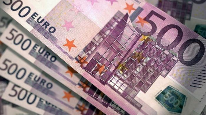 Eurozone manufacturing PMI sees largest drop since April 2020