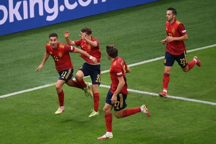 Spain beat Italy 2-1 to advance to UEFA Nations League final